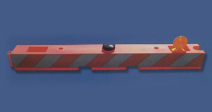 airport-barrier1-620x242